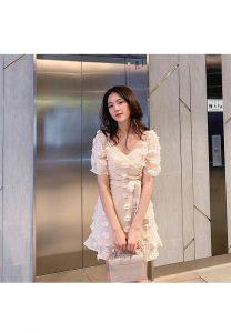 Vĩnh Tài 3D Floral Vintage Dress